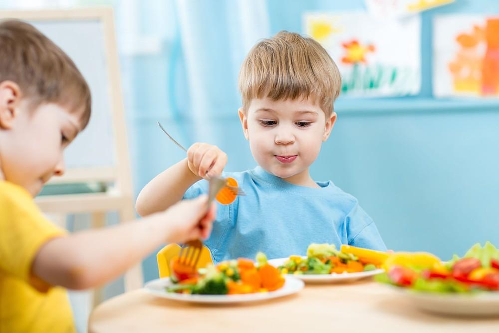 η διατροφή στον παιδικό σταθμό